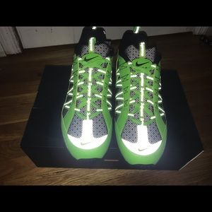 Green Supreme Nike Air Humara